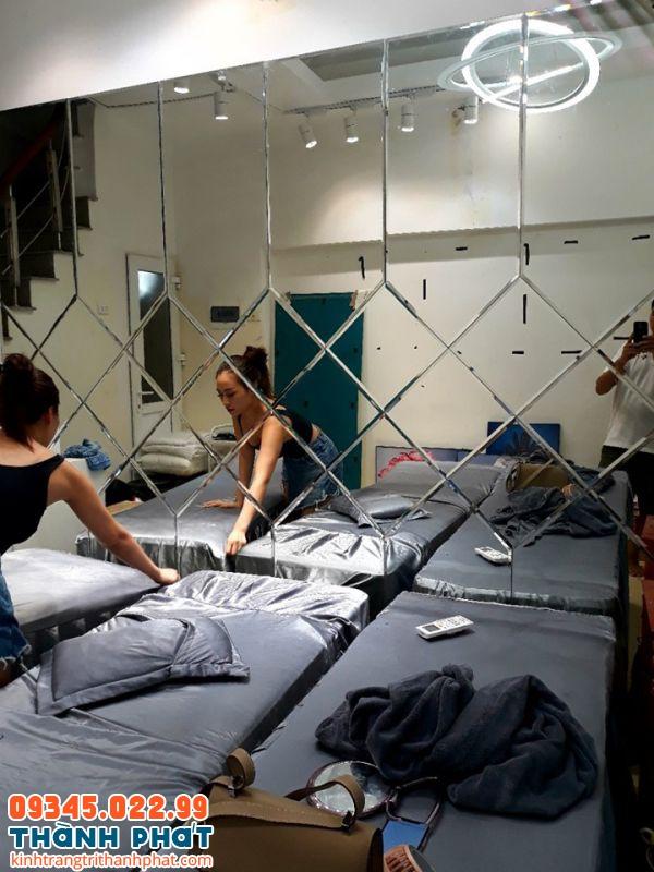 gương ốp tường spa thẩm mỹ viện tphcm