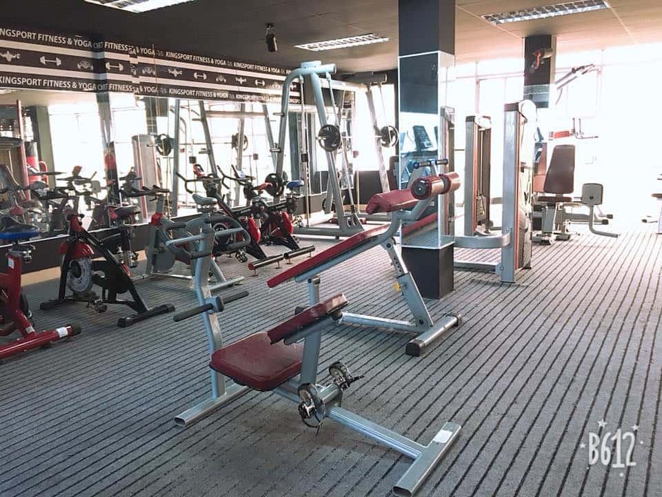 gương soi phòng tập gym