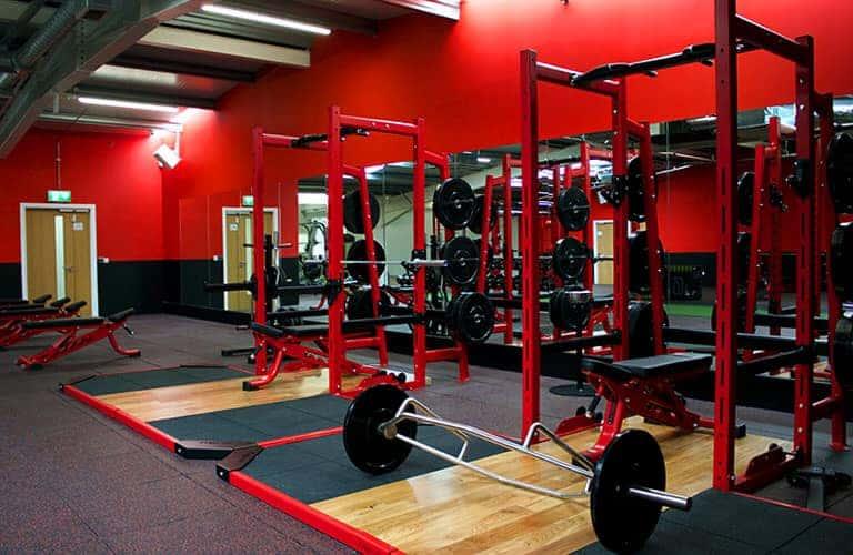 gương trang trí phòng tập gym