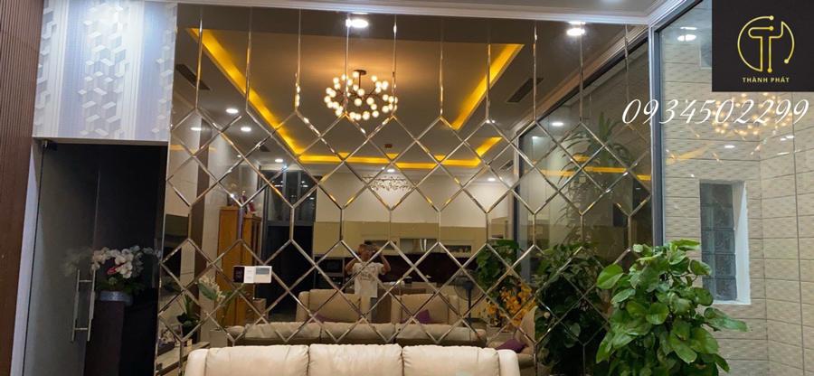 Gương ghép trang trí cho khách sạn.